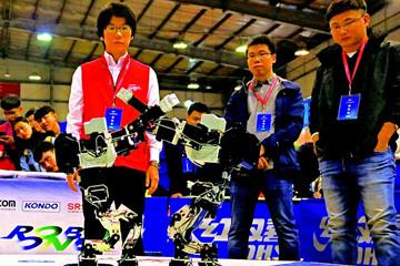 第八届山东省高校机器人大赛在山科大举行