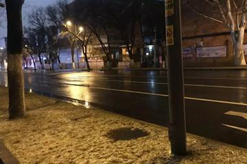 降温啦!青岛发布道路结冰黄色预警 北部降雪将达6毫米以上