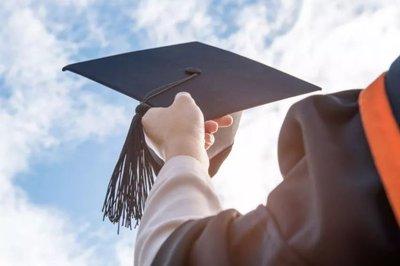 疫情短期内难结束,海外留学生暑假要回国吗?
