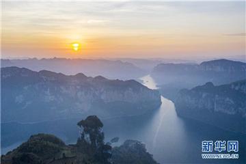 贵州黔西:苗寨旅游助脱贫