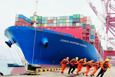 大船不懼風浪 青島港疫情防控生產經營兩手硬