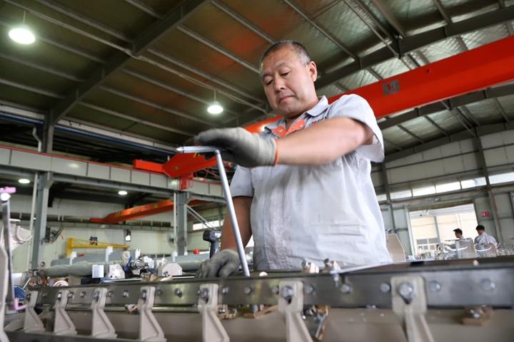 """纺机制造业按下生产""""加速键"""""""