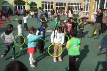 """幼儿体育的正确打开方式是""""游戏"""""""
